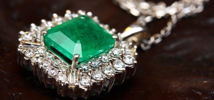 แหวนหยก เสน่ห์แห่งสีเขียวที่ไม่เหมือนใคร