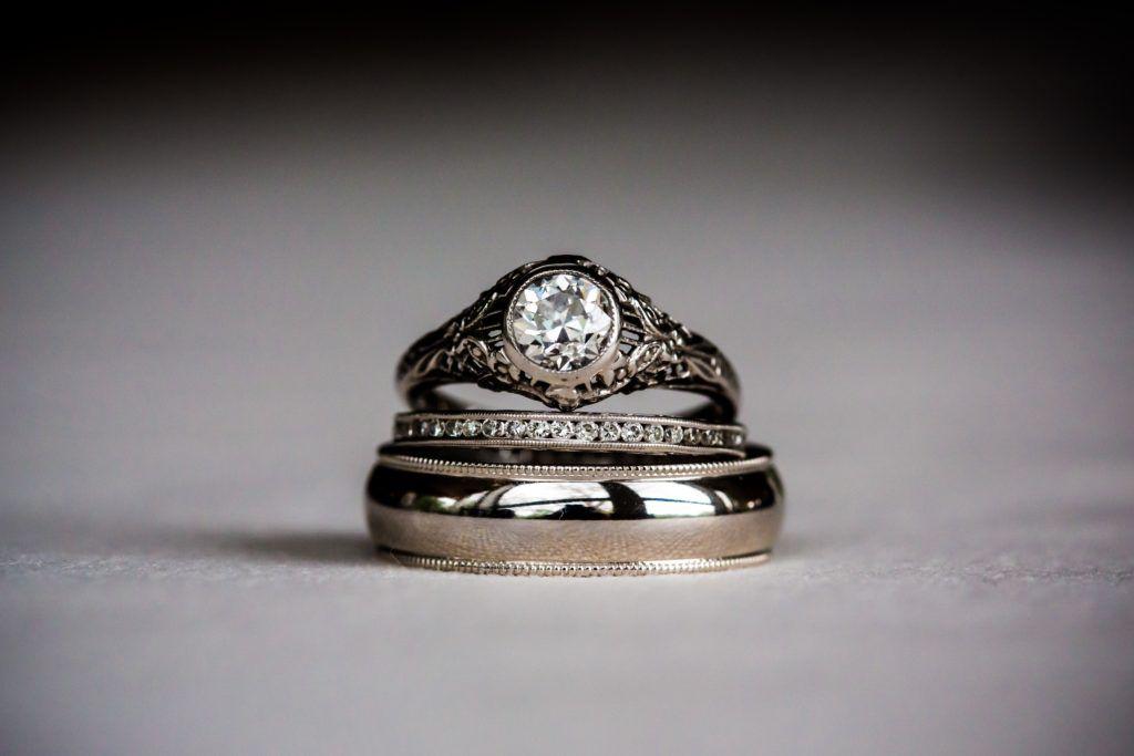 แหวนหมั้นผู้ชาย