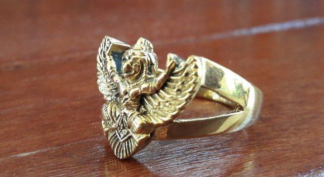 แหวนครุฑ